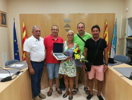 Asun García, amb els que han estat els seus companys a la Brigada Municipal